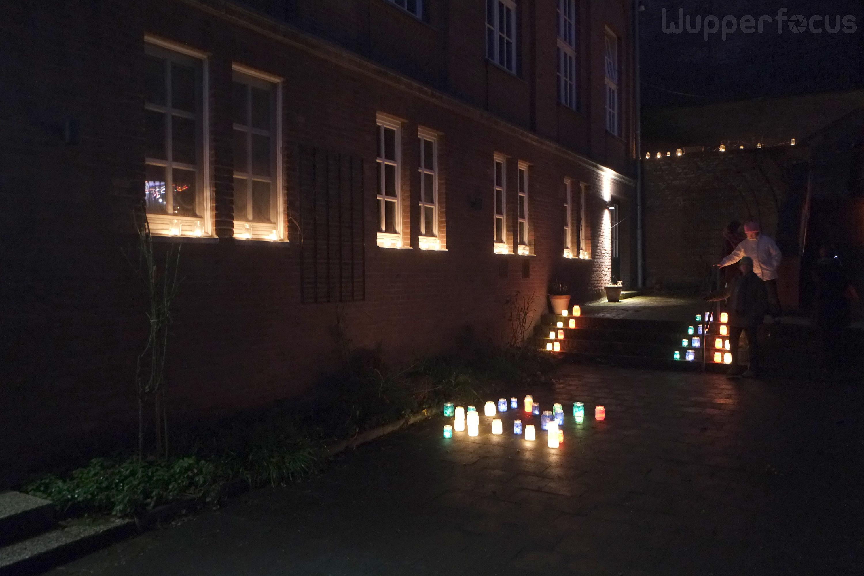 Ungewöhnlich Drei Wege Lichter Fotos - Schaltplan Serie Circuit ...