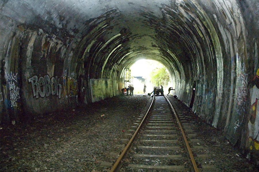 Tanztunnel: Arbeitsbeginn