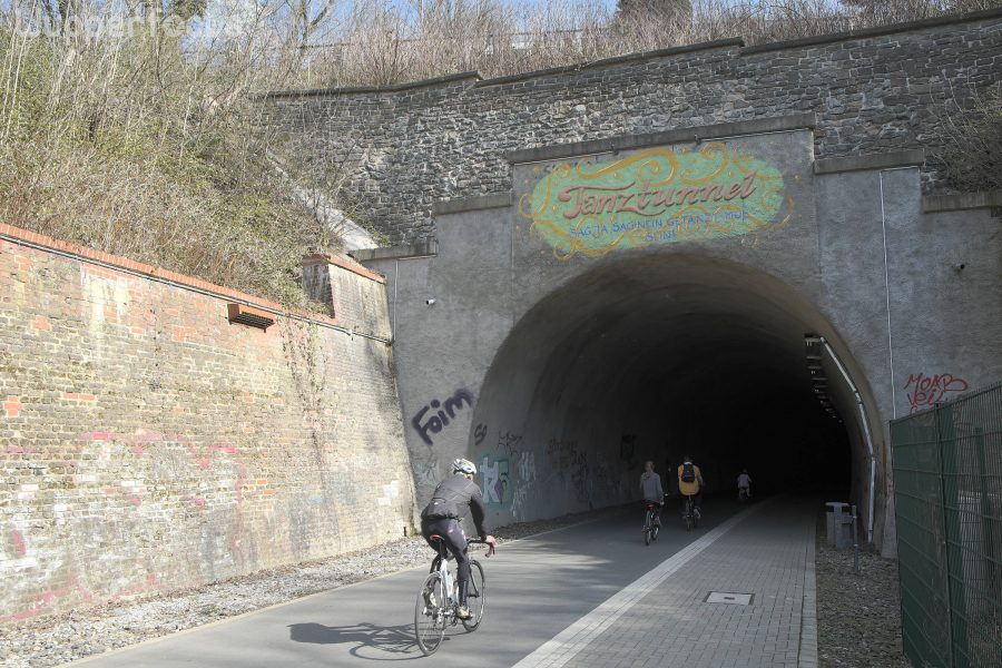 Tanztunnel: West portal