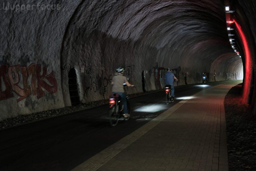 """""""Tanztunnel:"""